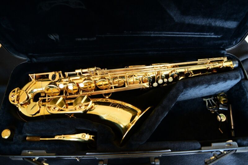 Very nice intermediate Yamaha tenor saxophone YTS-475