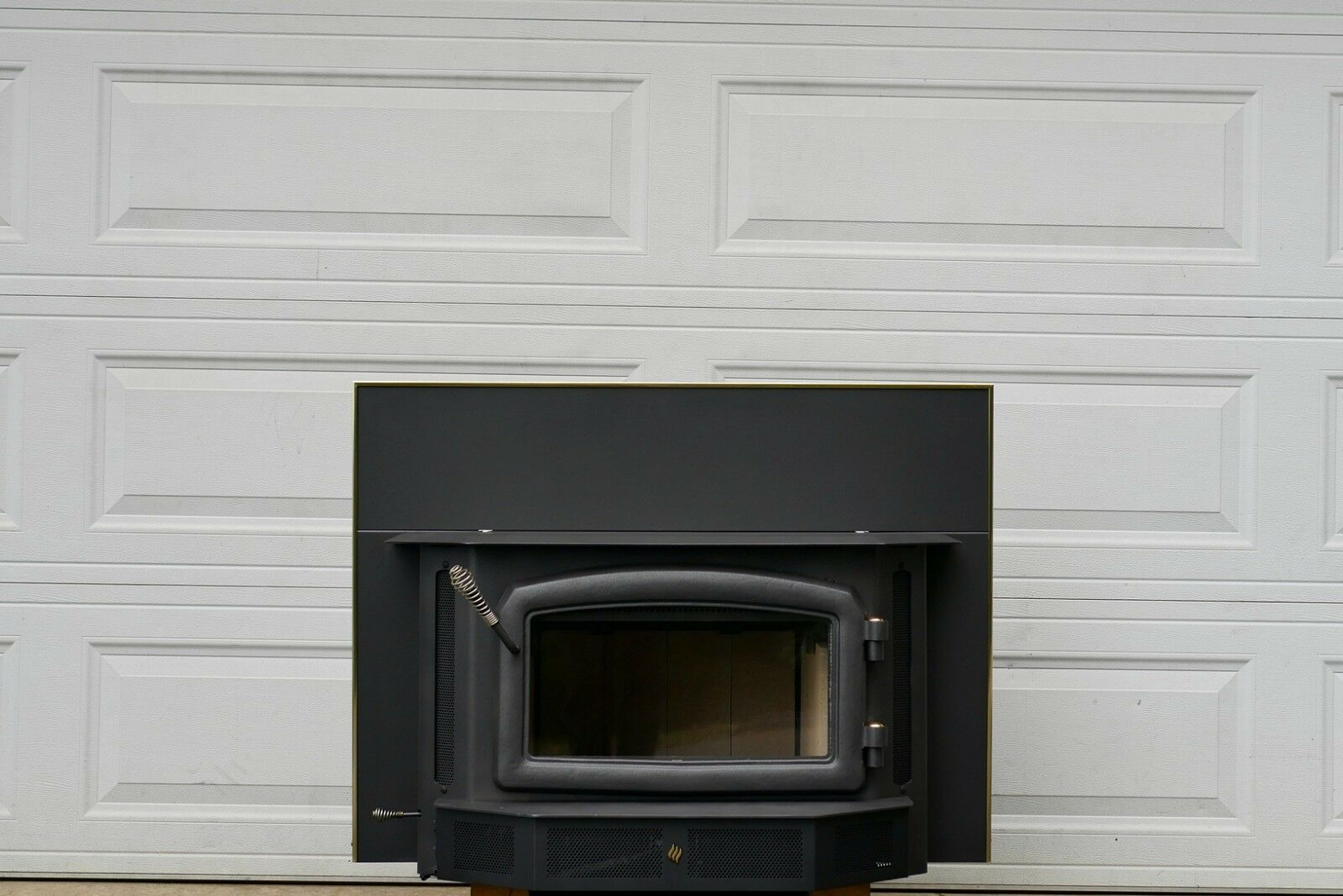 Regency i2400 Wood Burning Stove Insert Fireplace Woodstove