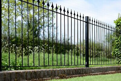 Montford Spear Top Fence 93.5 cm x 181 cm Clearance!