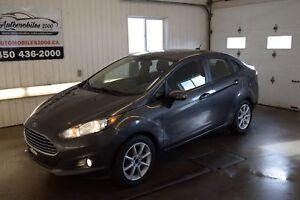 2015 Ford Fiesta SE *Aucun accident* Automatique Air Toit