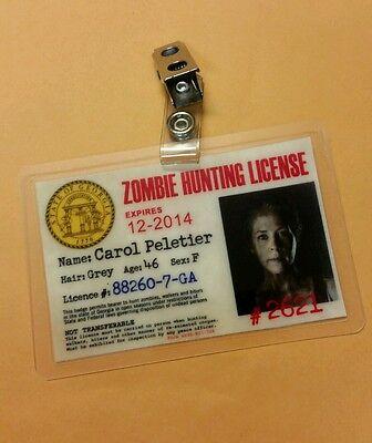 The Walking Dead Id Badge-Zombie Jagd Carol Peletier Kostüm Requisite (Walking Dead Carol Kostüm)