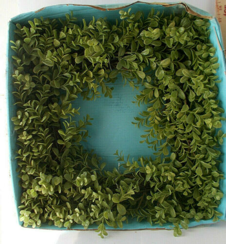 "Boxwood Wreath 17"" Home Decor Crafts"