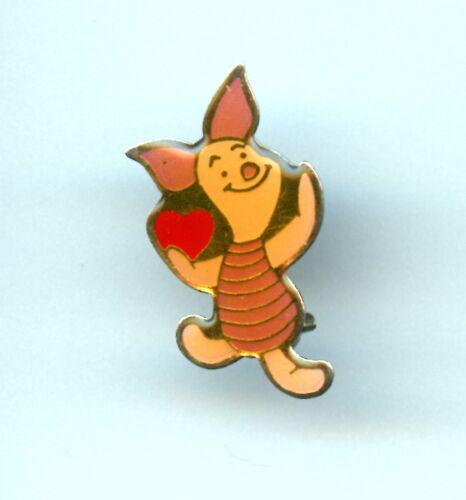 Walt Disney Company Pooh friend Piglet Holding Heart 1987 Pin HTF