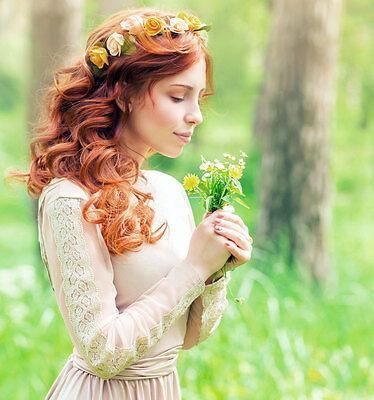 Ob künstlich oder echt: der Blumenkranz ist immer ein bezaubernder Hingucker. (© Thinkstock via The Digitale)