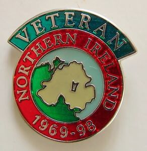 NORTHERN IRELAND VETERANS CLASSIC HAND MADE IN UK SCROLL PLATED LAPEL PIN BADGE