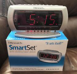 EMERSON RESEARCH CKS2235S Smart Set Dual Alarm Clock AM FM Radio Touchless Wave