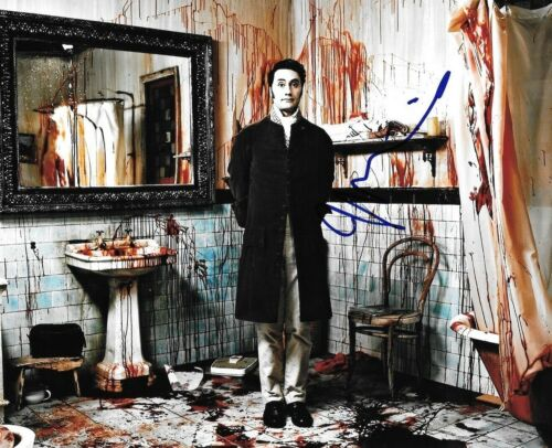 * TAIKA WAITITI * signed 8x10 photo * WHAT WE DO IN THE SHADOWS * COA * 2