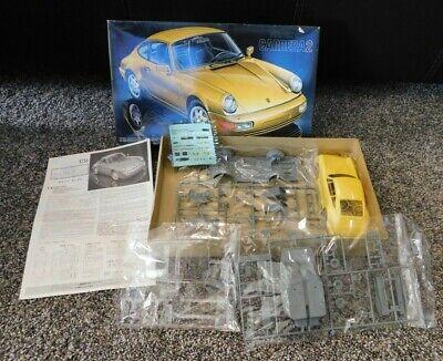PORSCHE 911 CARRERA 2 Fujimi 1/24 Model Kit NEW Yellow