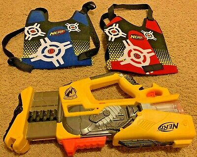 Nerf N-Strike FireFly Rev-8 Pump Action W/ Light TESTED + VESTS