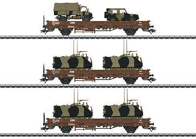 """Märklin H0 - Niederbordwagen-Set """"Militärtransport"""" (1:87), 46934"""