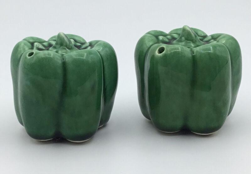 Miniature Ceramic Green Bell Pepper Vintage Salt & Pepper Shakers Vegetables