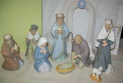 Hallmark Nativity Set Holy Family Three Wise Men shepherd Porcelain Figurines