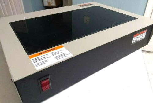 Fotodyne 3-3000 UV Transilluminator 120VAC *Power Tested*