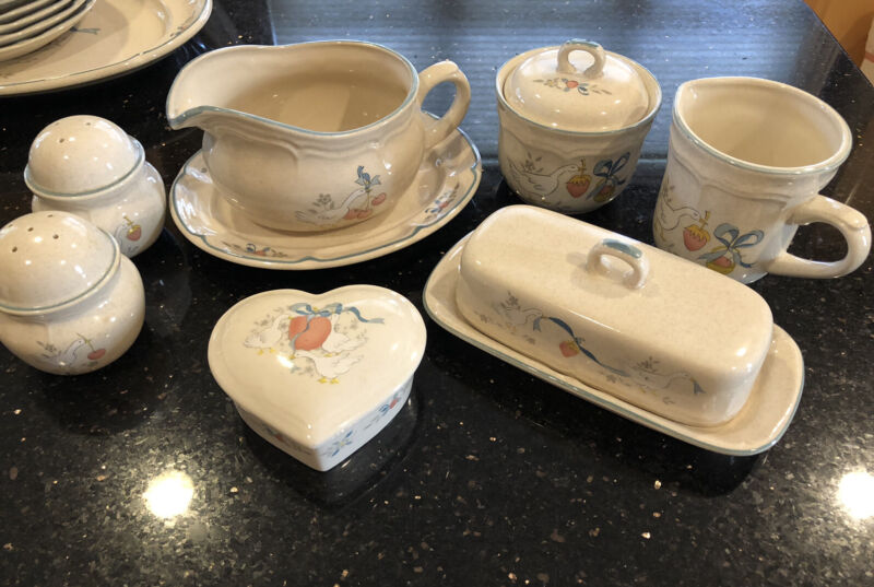 International Stoneware Marmalade Sugar Creamer Butter Gravy S&P Set Japan Geese