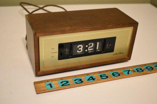 Vintage Seth Thomas #825 Speed Read-Lite Alarm Clock