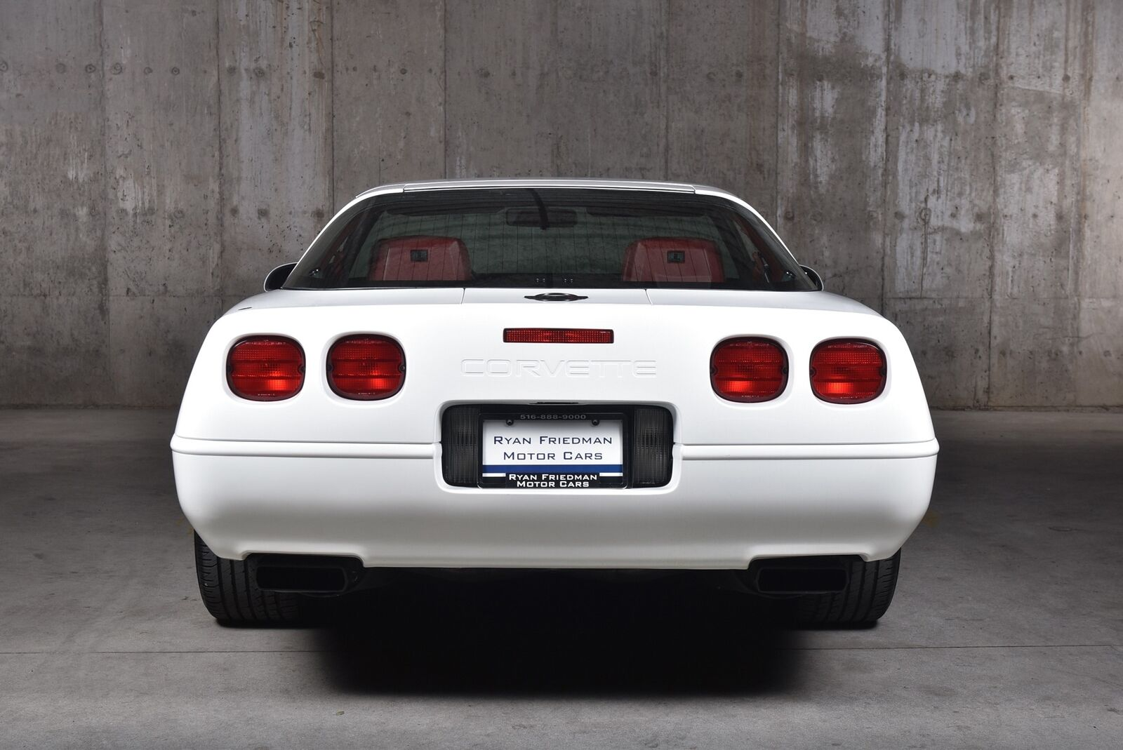 1992 White Chevrolet Corvette   | C4 Corvette Photo 10