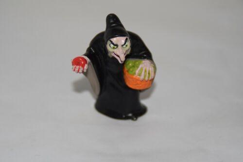 "1993 Disney Snow White Evil With Hag W/ Poisoned Apple PVC Figure 2 1/2"""
