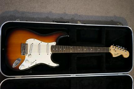 Fender Squier Strat + Hardcase