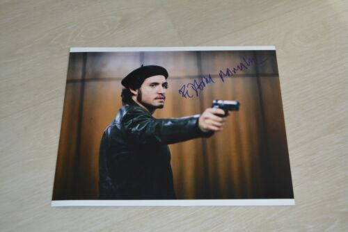 EDGAR RAMIREZ signed Autogramm 20x25 cm In Person AMERICAN CRIME STORY