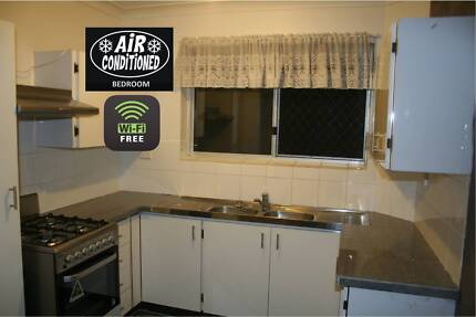 Renovated 2 Brm + AIR CON + Free WIFI