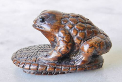19th Century BAZAN 馬山 Boxwood Netsuke Meiji-era  Antique Wood Japanese