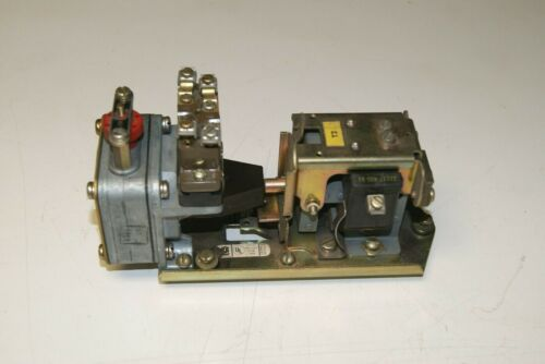 Square D 9050 BO-1E Series E Pneumatic Timing Relay