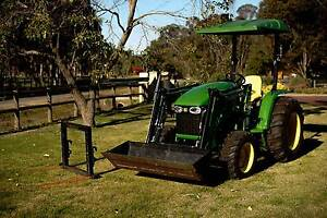 4105 Compact Utility Tractor Darling Downs Serpentine Area Preview