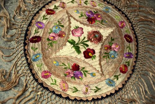 "Antique Beautiful Original Hungarian MATYO Round Tablecloth  36.22"""