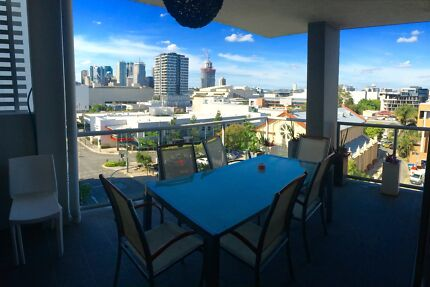 *Girl Only*RoomShare in SouthBank close CBD/QUT/LAGOON/TRAINS South Brisbane Brisbane South West Preview