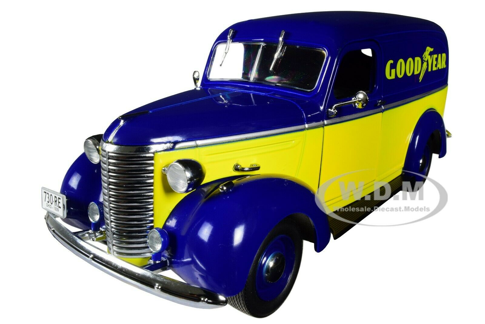 "1939 CHEVROLET PANEL TRUCK ""GOODYEAR TIRES"" 1/24 DIECAST CAR"