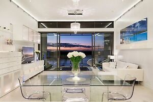 ELEGANT TOP FLOOR PENTHOUSE Paradise Point Gold Coast North Preview