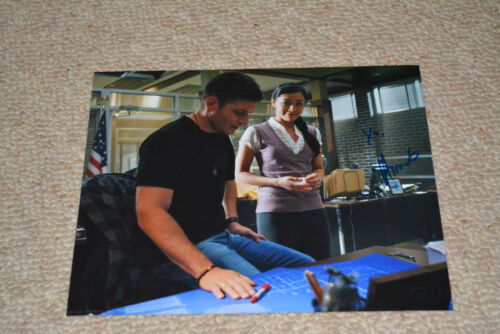 AIMEE GARCIA signed  Autogramm 20x25  In Person LUCIFER