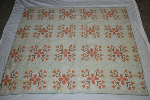 """Vintage 80""""  X 61"""" Green calico Tulips  QUILT FULL  Shabby chic retro"""