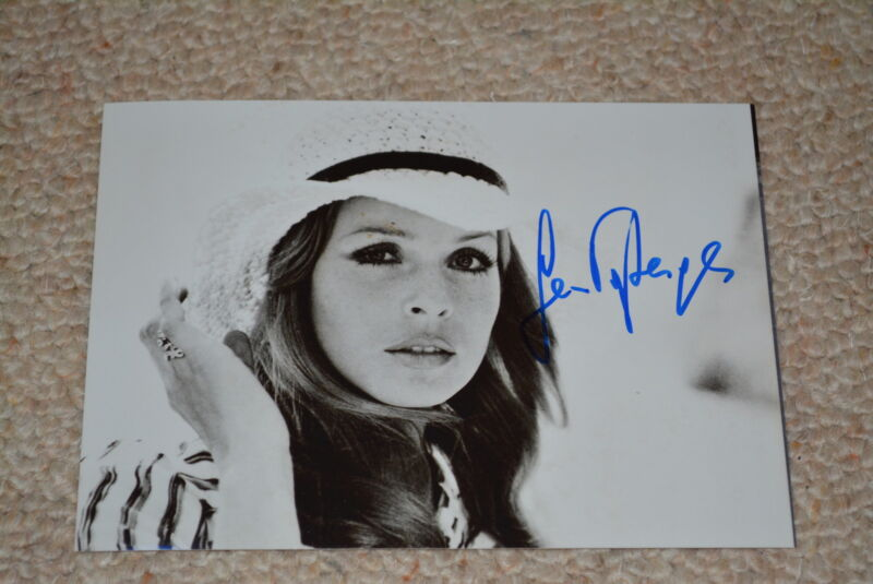 SENTA BERGER signed autograph In Person 5x7 (13x18 cm) CAST A GIANT SHADOW