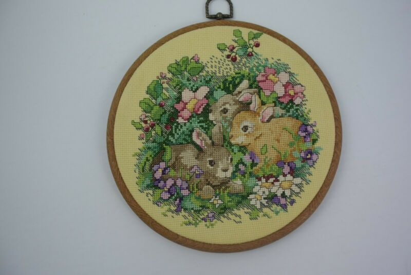 Completed & Finished Cross Stitch Bunnies Rabbits Circular Frame Too Cute! EUC!