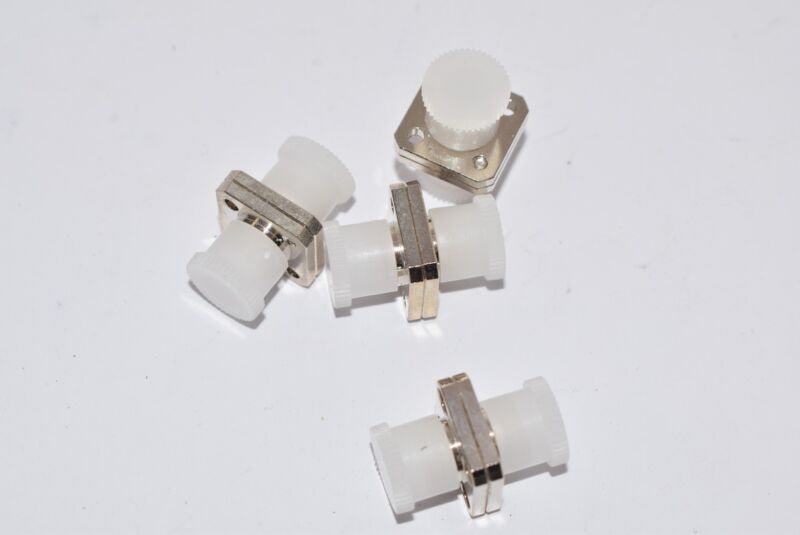 Lot of 4 NEW 944-120-6000 Amphenol RF Connector FC Adapter