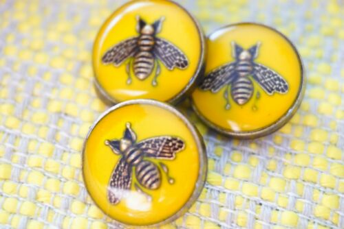Set of  3 Gucci  BUTTONS  yellow bees 17 mm