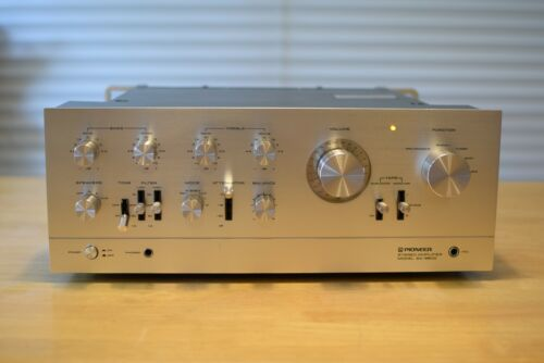 Pioneer SA-9900 Stereo Integrated Amplifier  2x110W