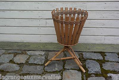 Ancien pot de fleurs en bambou ou rotin très ancien