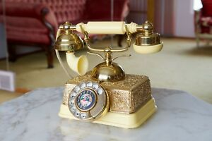 Antique / Vintage Style Rotary Phone