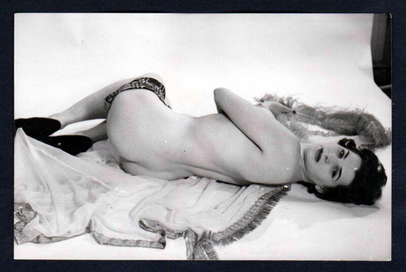 1960 Akt nackt FKK Erotik nude Aktfoto vintage pin up Foto photo Rücken