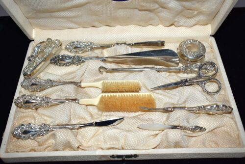 MAGNIFICENT Antique HEIRLOOM Quality *STERLING* 12 Pc VANITY SET in Original BOX