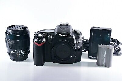 Nikon D90 12.3MP Digital SLR Camera With 35-70mm Zoom Lens