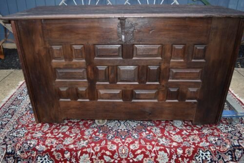 RARE EARLY SPANISH COLONIAL HUGE CARVED OAK OLD CASTLE TREASURE CHEST - 1600