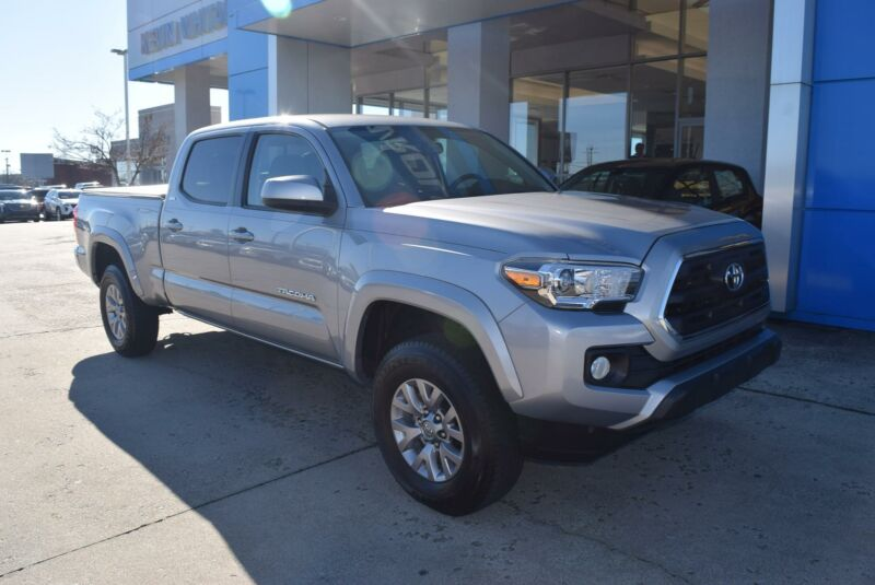 Image 2 Voiture American used Toyota Tacoma 2016