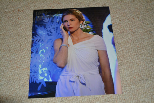 KELLY RUTHERFORD signed Autogramm  20x25 cm In Person GOSSIP GIRL