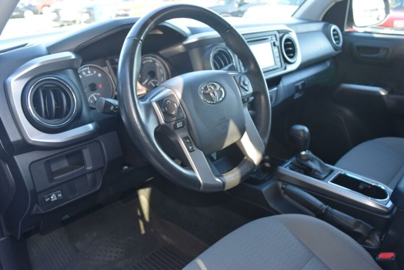 Image 4 Voiture American used Toyota Tacoma 2016
