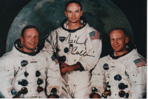 Michael Collins - Apollo 11 astronaut signed small photo of Apollo 11 crew