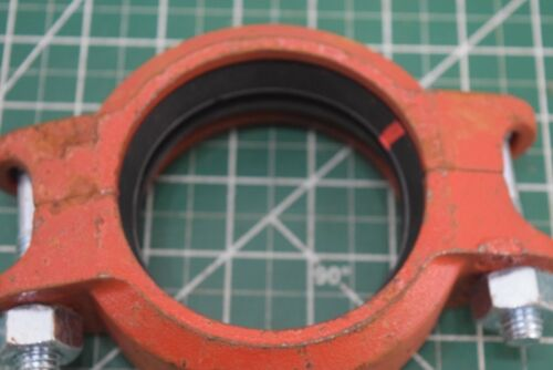 """Lot of 8 Victaulic 3"""" Grooved Flexible Coupling 88,9 / 3"""" Style 75 pipe fitting"""