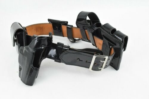 Gould & Goodrich Size 32 Silver Buckle Safariland Holster Police Duty Belt